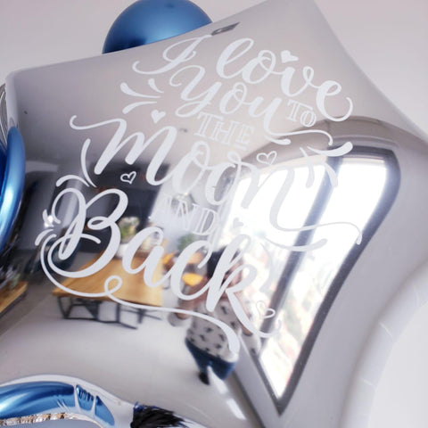 "Estrella Gigante Plateada ""Love You to The Moon & Back"" (90 cm) (con helio + $130)"