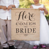 "Letrero de yute ""Here comes the Bride"""