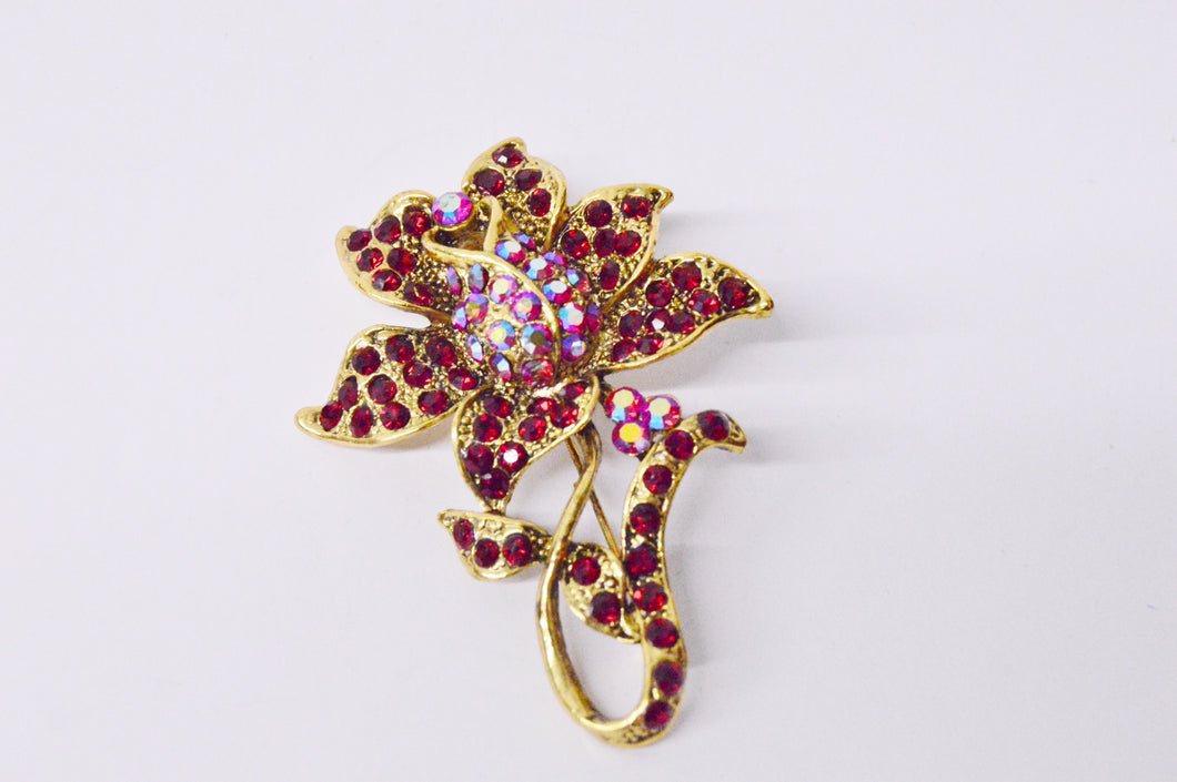 3D Red Aurora Borealis Rhinestone Rose Brooch Pin www.hersandhistreasures.com/collections/vintage-estate-jewelry
