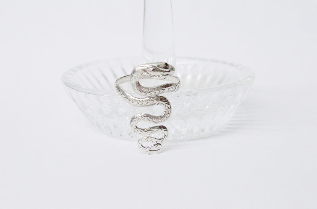 Coiled .925 Sterling Silver Snake Ring www.hersandhistreasures.com/collections/sterling-silver-jewelry