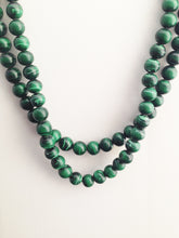 Load image into Gallery viewer, Vintage Faux Malachite Necklace
