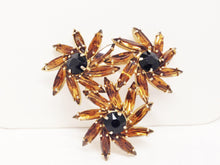 Load image into Gallery viewer, Vintage Amber Flower Rhinestone Brooch