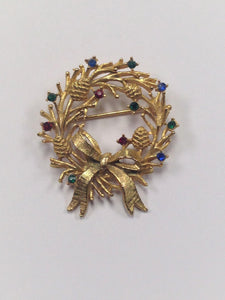 www.hersandhistreasures.com/products/Rhinestone-Christmas-Wreath-Brooch-Pin