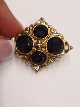 Load image into Gallery viewer, Diamond Shaped Jeweled Brooch Pin