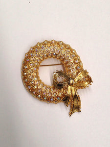 MYLU Rhinestone Wreath Brooch Pin