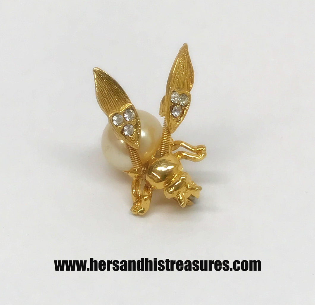 Vintage Flying Bee With Spring Moving Wings Brooch Pin