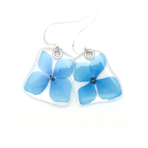 68027 Small Blue Hydrangea flower earrings