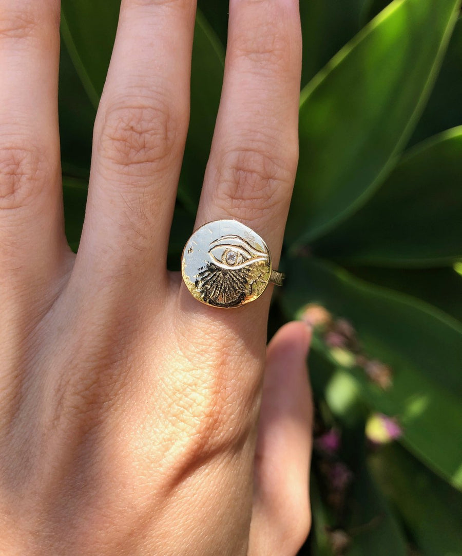 Eye of Love Ring - Diamond + 14k Gold