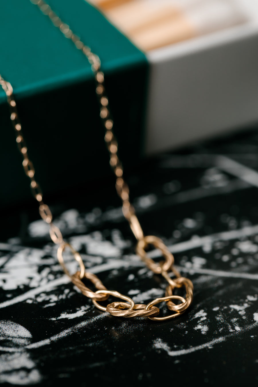 Baby Bowline Segment Necklace In 18k Gold