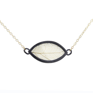 Eye Encasement Necklace In Gold