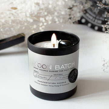 Nocturnal Garden Blend Soy Candle: Notes of Hibiscus, Jasmine, Ylang Ylang and Geranium