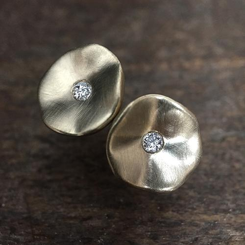 Seed Studs In Silver With Diamonds