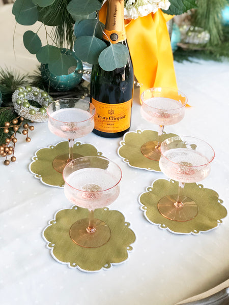 Scalloped Circle Cocktail Napkins (Set of Four)