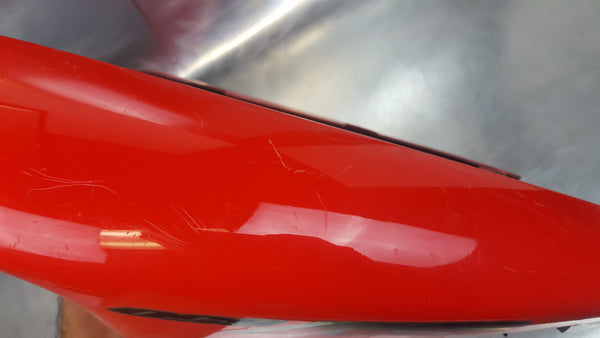 tail fairing plastics red 1g 99-02 great shape