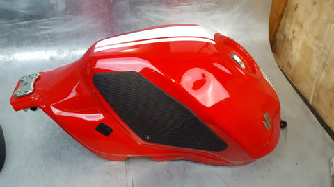 gas tank 3g sv650 red 2016+
