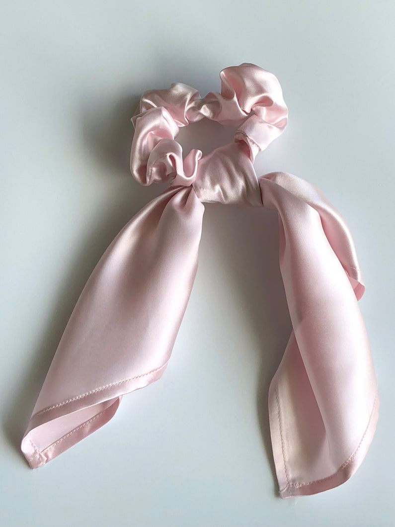 Silk Pony Scrunchie - Blush Pink