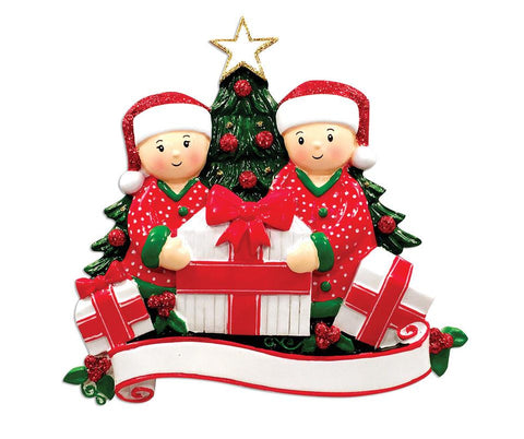 OR1523-2 - Opening Presents (couple) Christmas Ornament