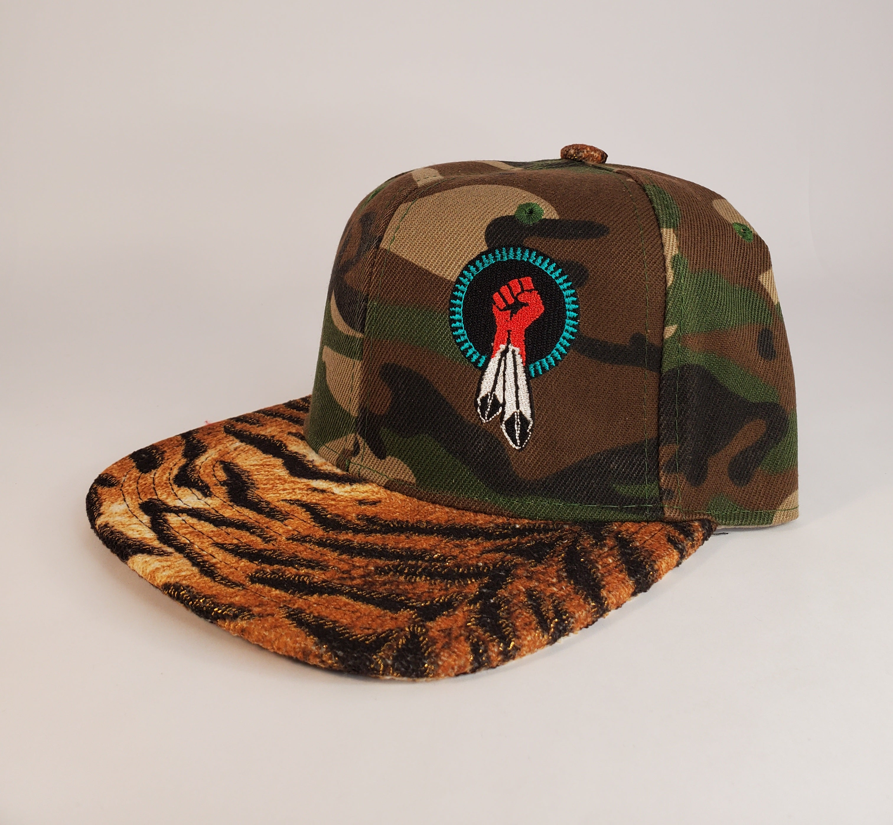 N8V MOVEMENT cap embroidered camo tiger snapback