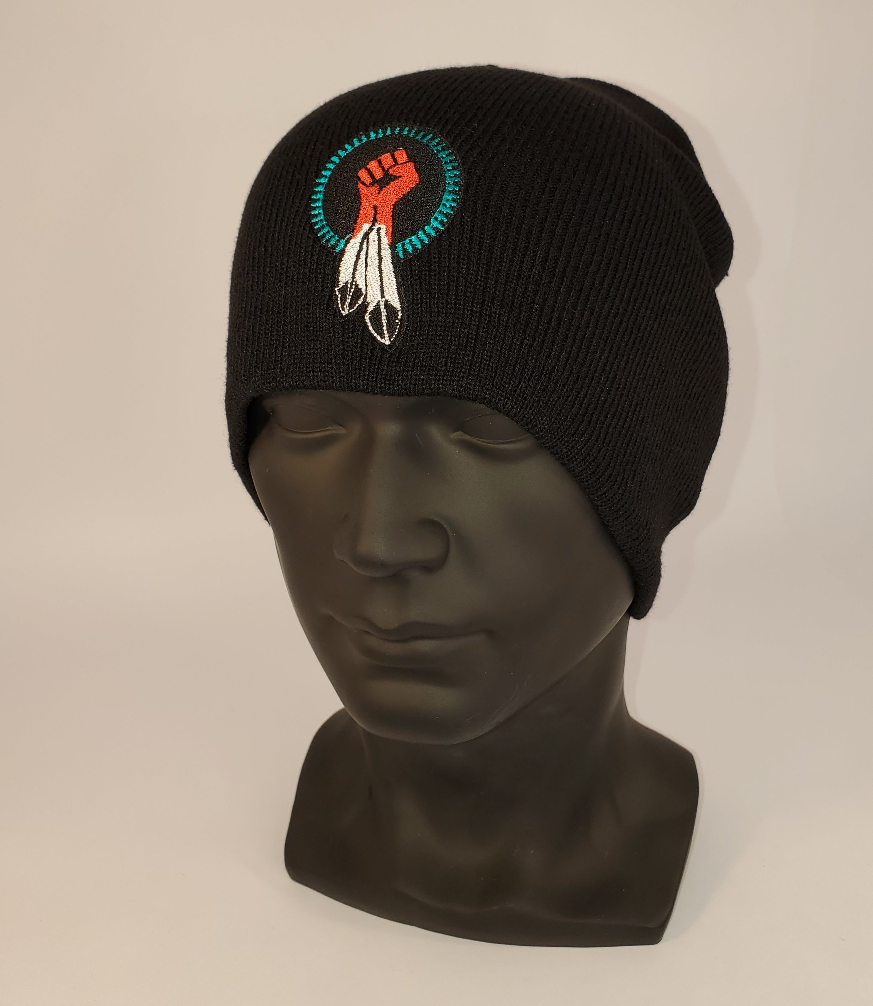 N8V MOVEMENT beanie embroidered