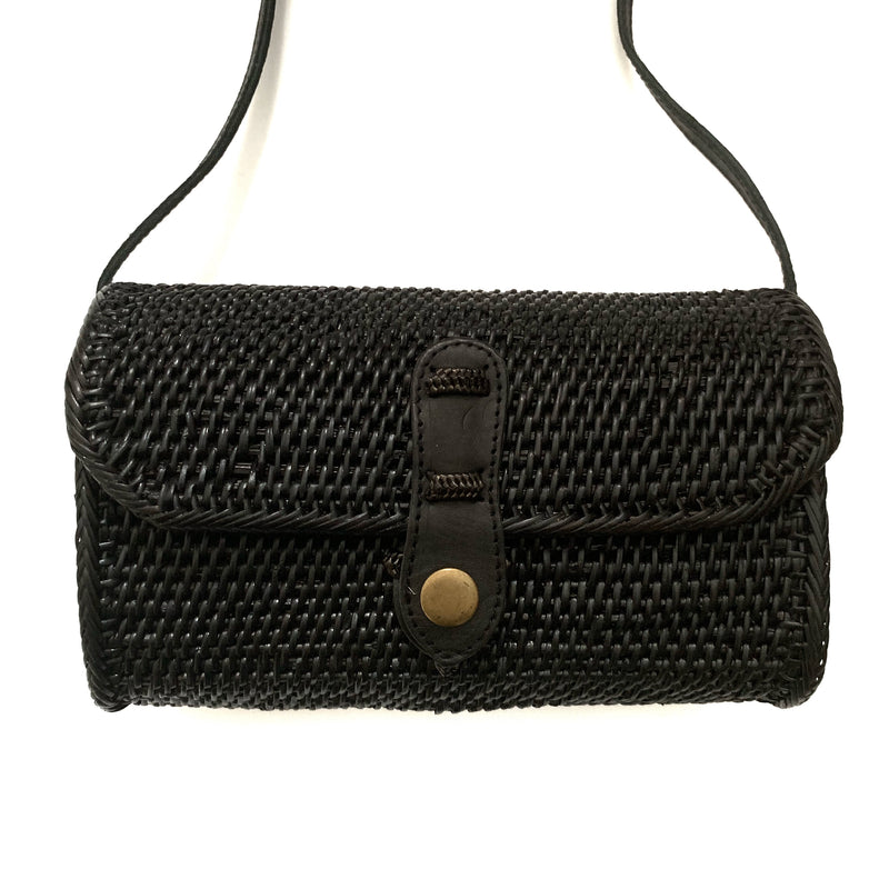 Street Level, black crossbody bag, black clutch, rattan bag, medium sized bag, snap closure, summer bag, summer accessories