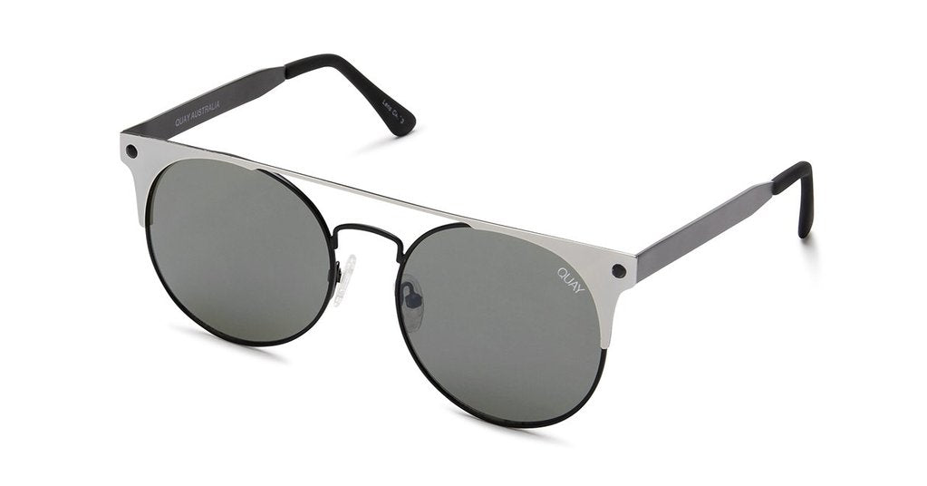 Grey/ black classic round sunnies set inside an edgy reflective metal frame. Quay