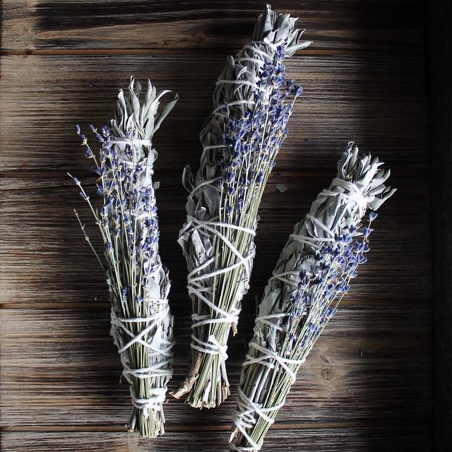 "White Sage & Lavender Smudge Stick - 8""L (Large)"