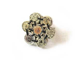Brooch with 7 Floral Beads