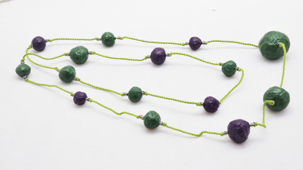 Necklace with 15 Pulp Beads