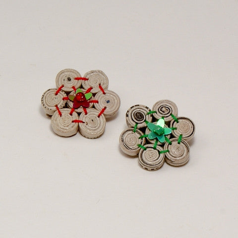 Brooch with 7 Tiny Floral Beads