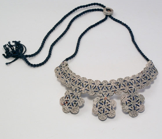 Necklace with 7 Floral Beads