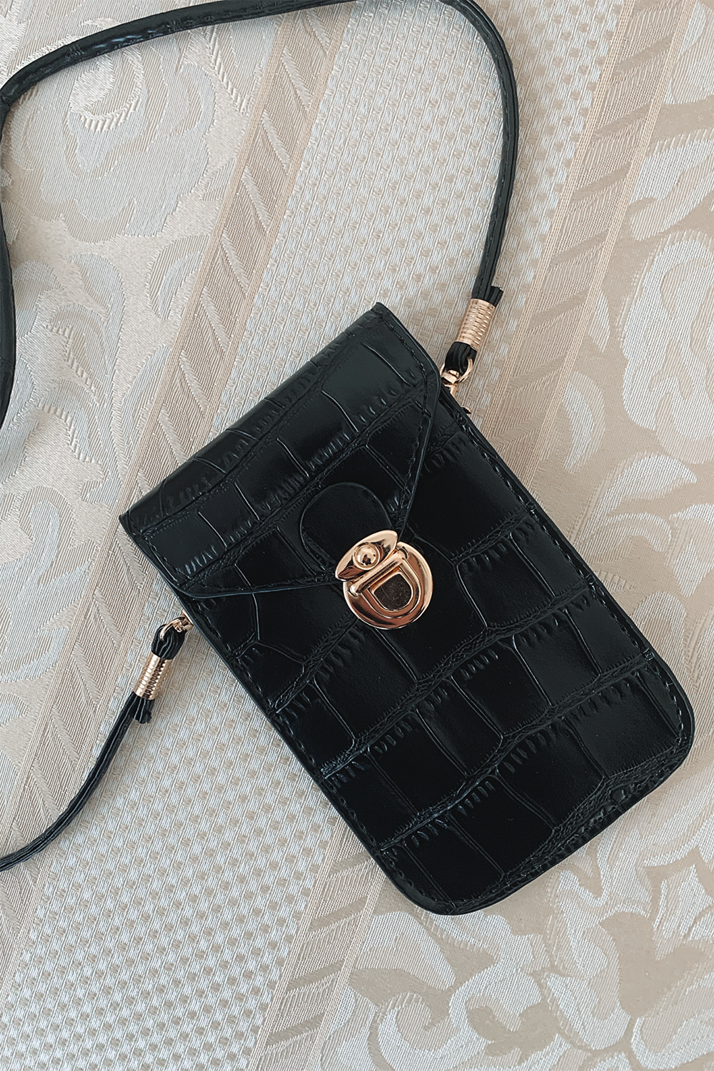 Granada Cross Body Bag - Black