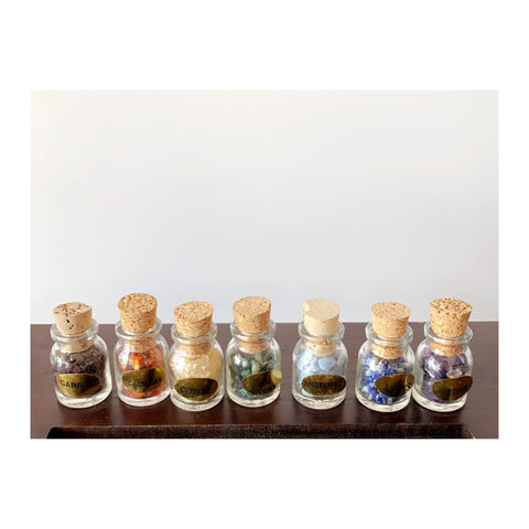 Stone Chips Bottles Set Chakra Energizing (Box of 7)