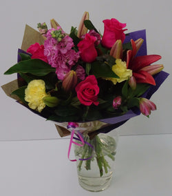 Elegant bouquet of mixed blooms
