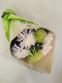 Chrysanthemum Disbuds Wrap