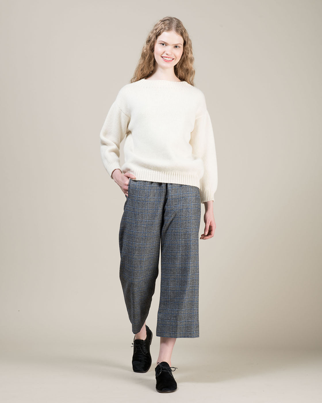 True nyc: Women's Collection of Jeans, Pants, T-Shirts, Sweaters