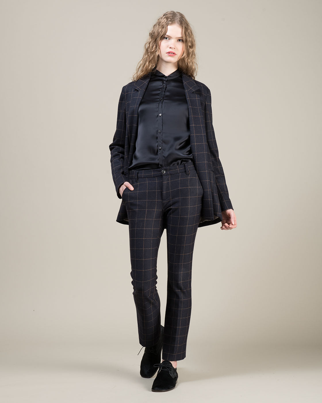 Italian designer coats, jackets and pants women's: True Tradition