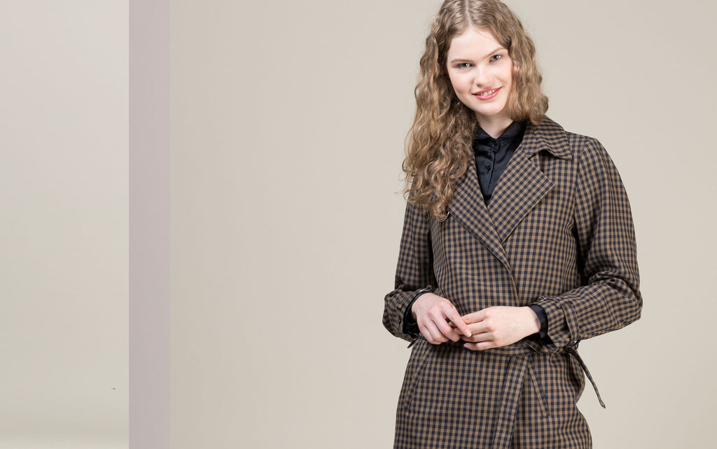Online store: women's coats and jackets