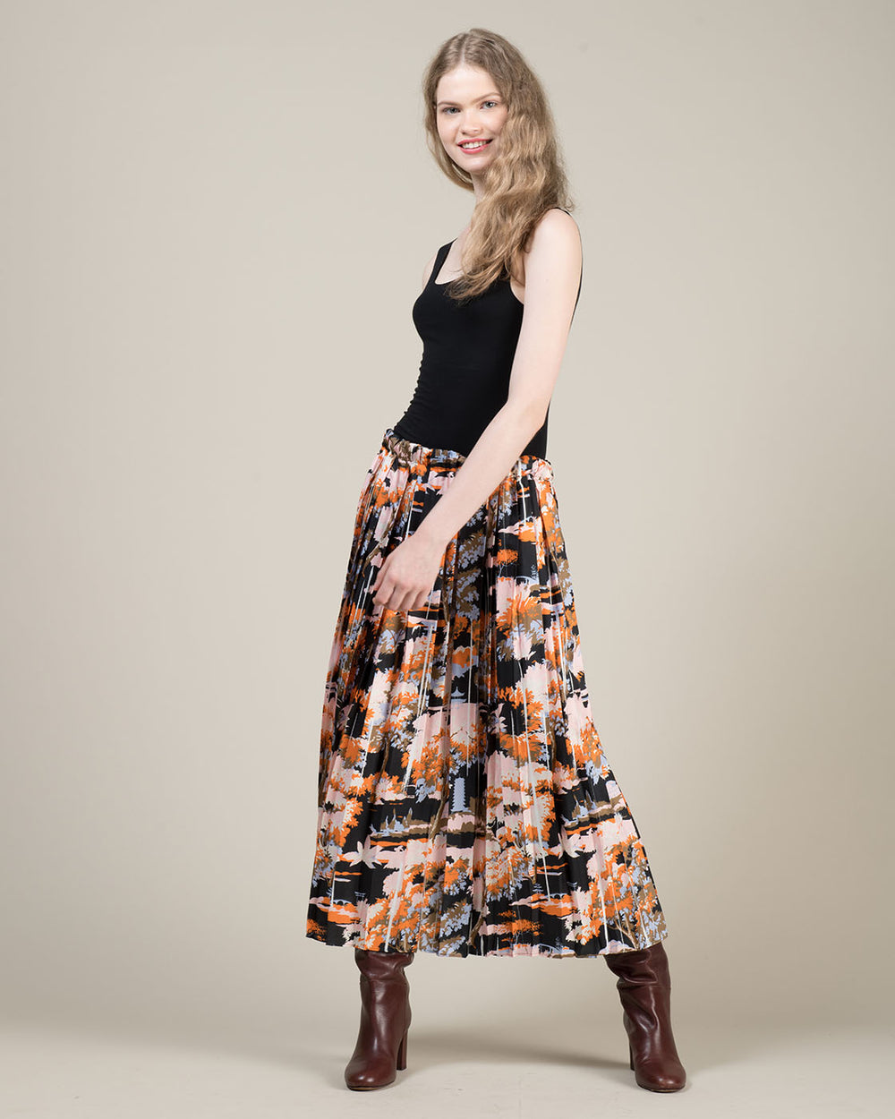 Long Floral Pattern Pleated Skirt