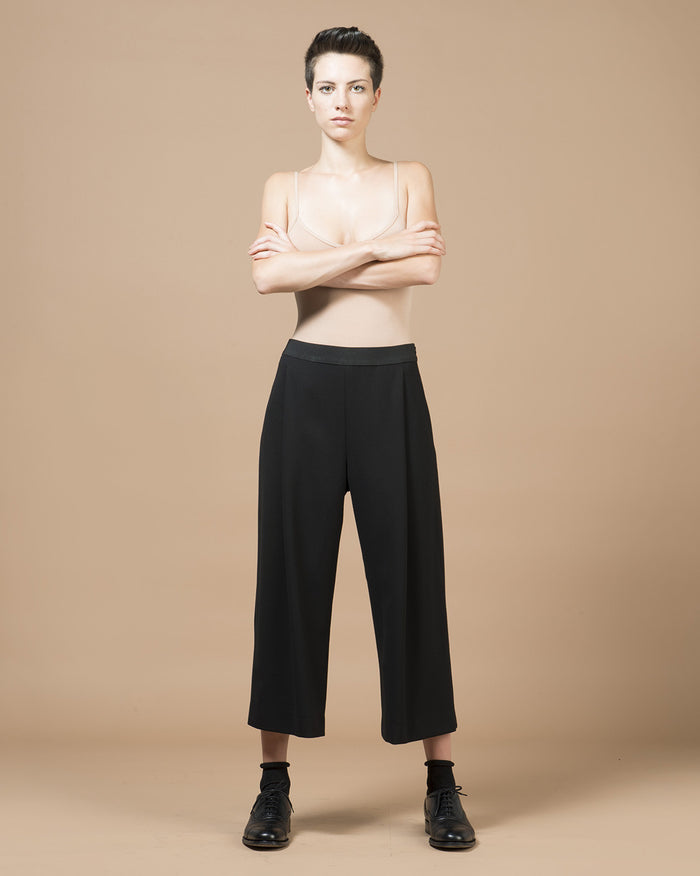 Black Wide Pleat Cropped Pants