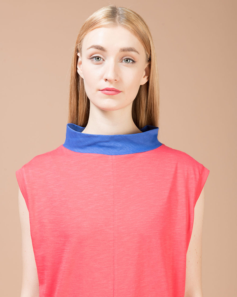 Red Sleeveless Long T-Shirt