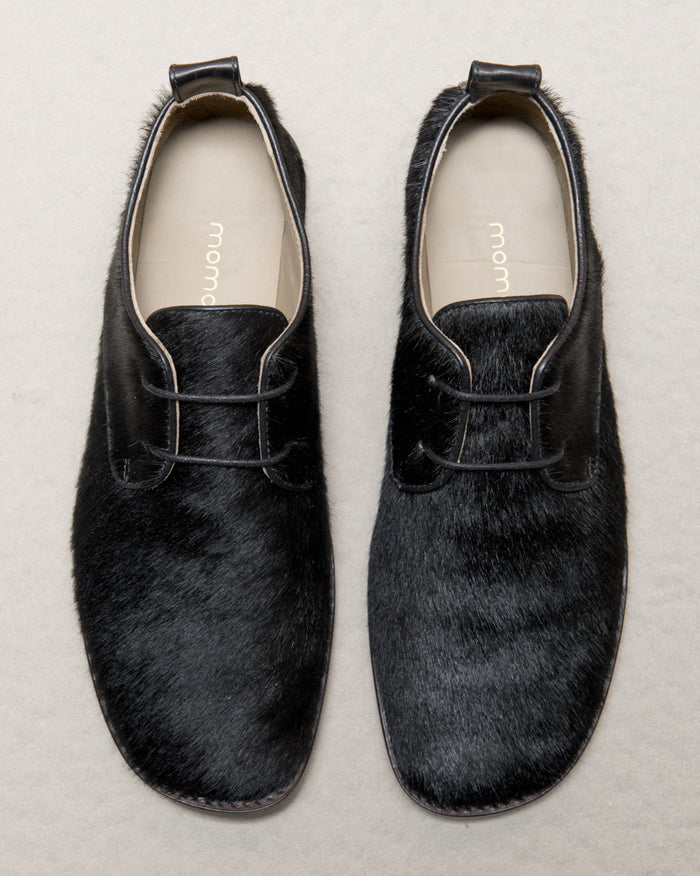 Women's black derbys in calf hair leather by Momonì