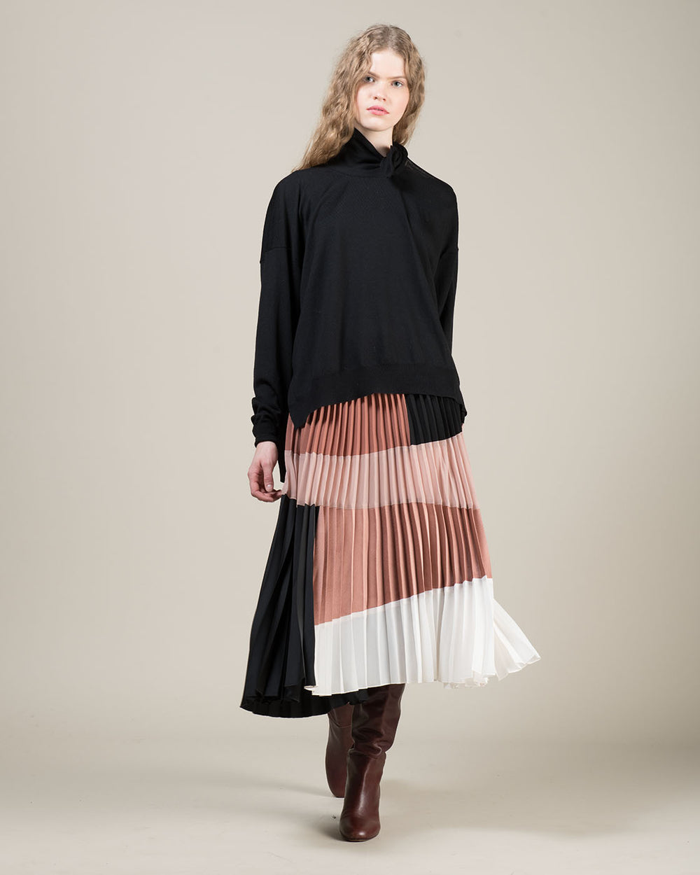 Black White and Multicolor Pink Pleated Skirt