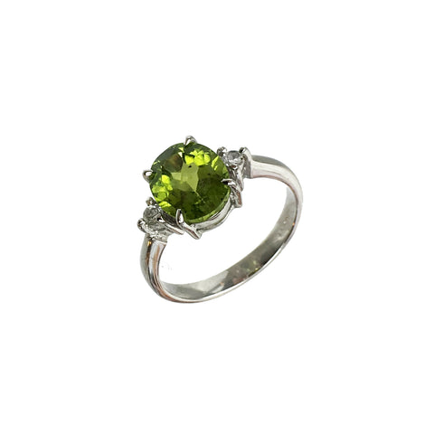 Oval Cut Peridot and White Topaz Ring - www.sparklingjewellery.com
