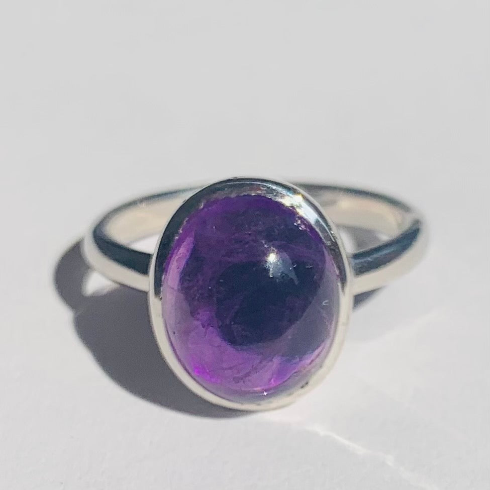 Amethyst Oval Cabochon Silver Ring - www.sparklingjewellery.com