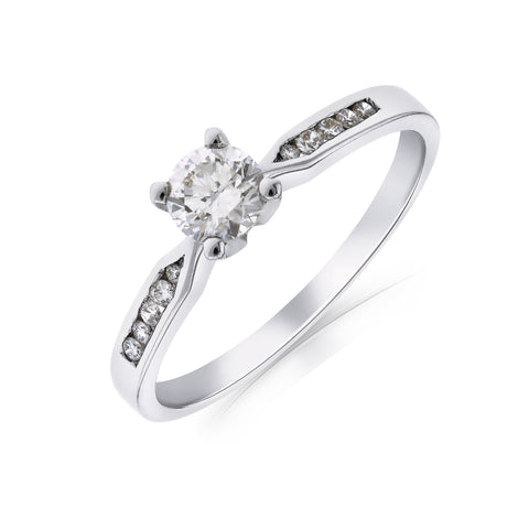 white-gold-diamond-ring-enagagement-ring
