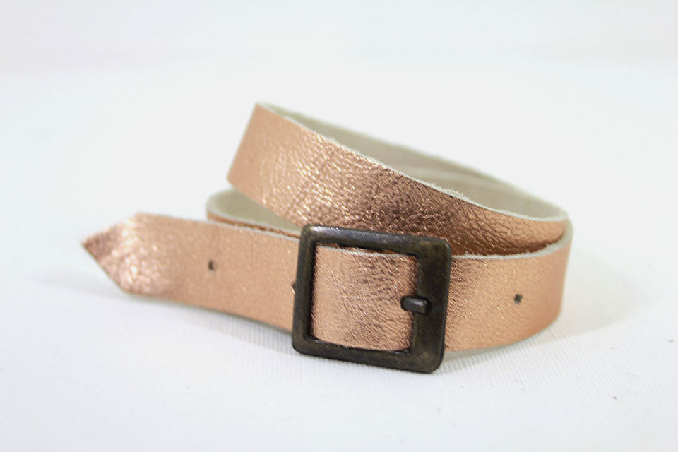 Leather straps metallic soft pink