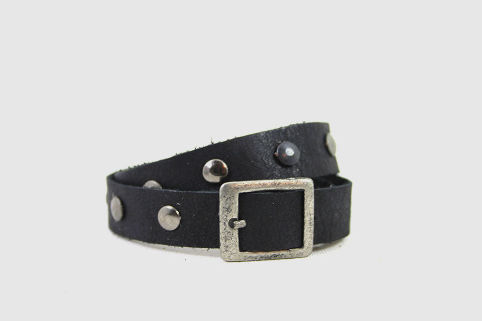 Leather straps Black with studs