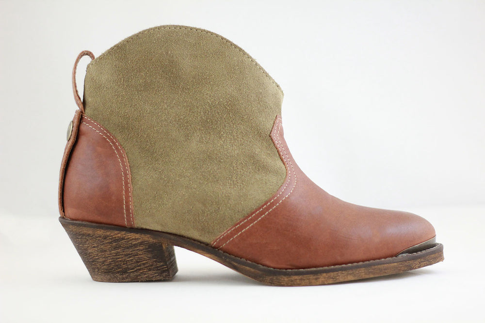 Boot Low Heel Brown/Olive