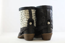 Black Reversible Add-on, Shiny Aztec - Black flamed
