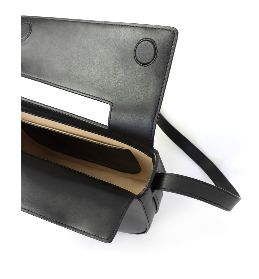 Eco vegan leather crossbody bag by Sydney Brown. Timeless, classic and modern. Inside view